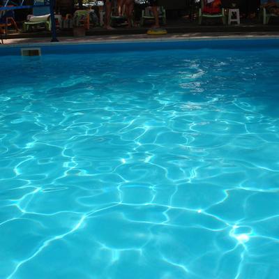 Песок стеклянный 2,0-4,0 мм Aquaviva