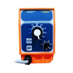 Дозирующий насос универсальный, с ручной регулировкой 10 л/час Emec